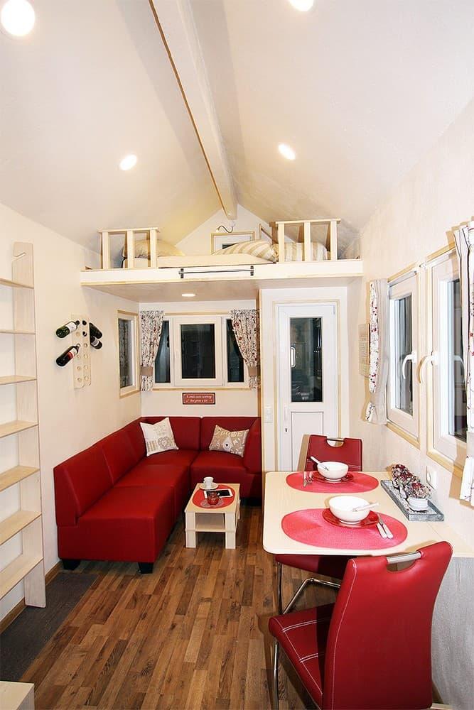 fotos vom tiny house immofux com immobilien portal. Black Bedroom Furniture Sets. Home Design Ideas